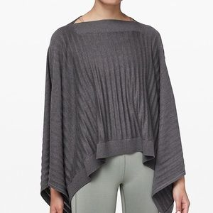 Lululemon Forward Flow Poncho NWT